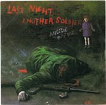 "ANGELIC UPSTARTS - Last Night Another Soldier - 7"" + P/S (VG+/EX-) (P)"